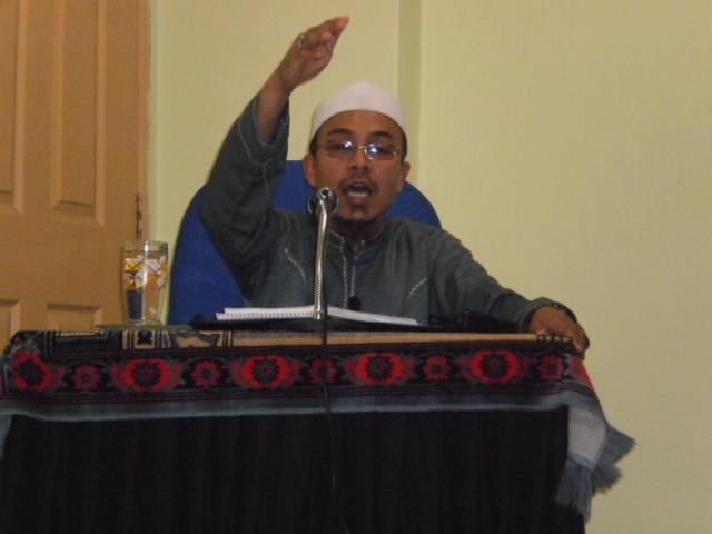 Ustaz Khalid Nayan