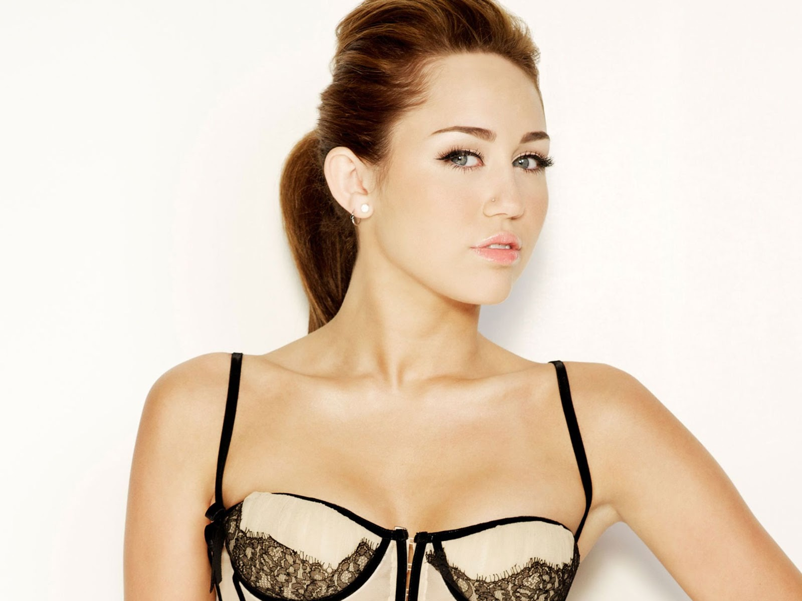 Great Miley cyrus hot hd see