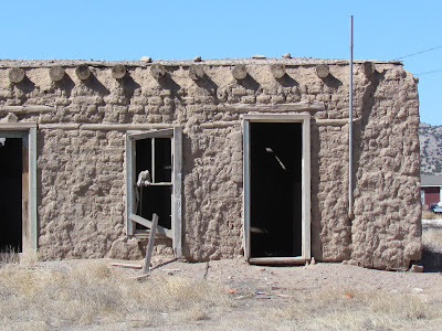 An old adobe for How to build adobe homes
