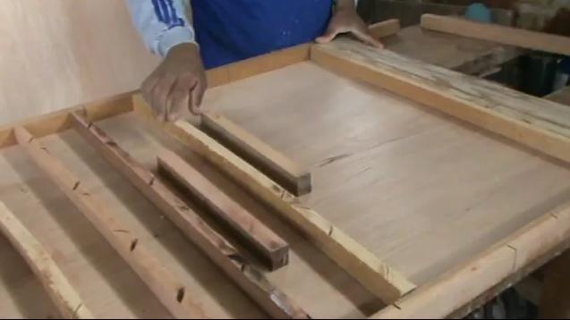 Decoraciones manualidades en madera como hacer una puerta - Como lijar una puerta ...