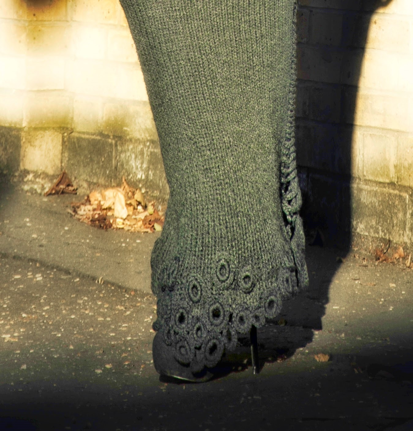 dluga spodnica na drutach