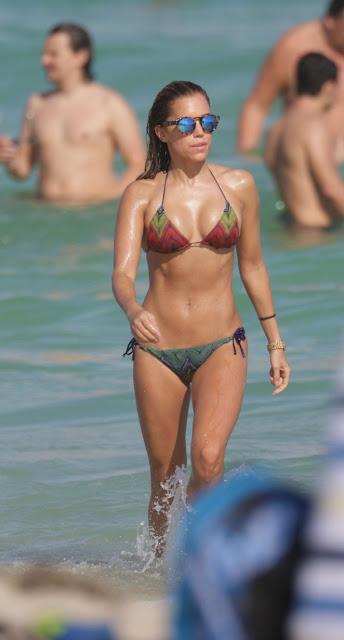 Sylvie Meis in Sylvie Meis in bikini Candids on Miami beach