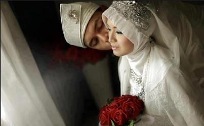 Wahai Istriku Berhentilah MENGELUH
