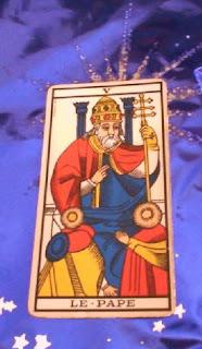El sumo sacerdote. Tarot