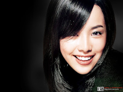 South Korean Actress and Model Han Ji Min Wallpaper