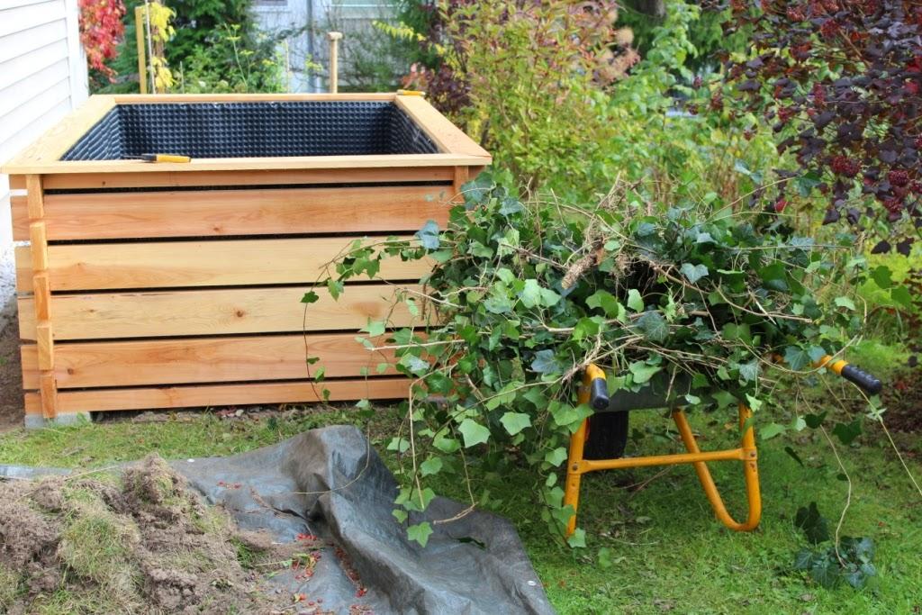 hochbeet aus holz komposter bauen. Black Bedroom Furniture Sets. Home Design Ideas