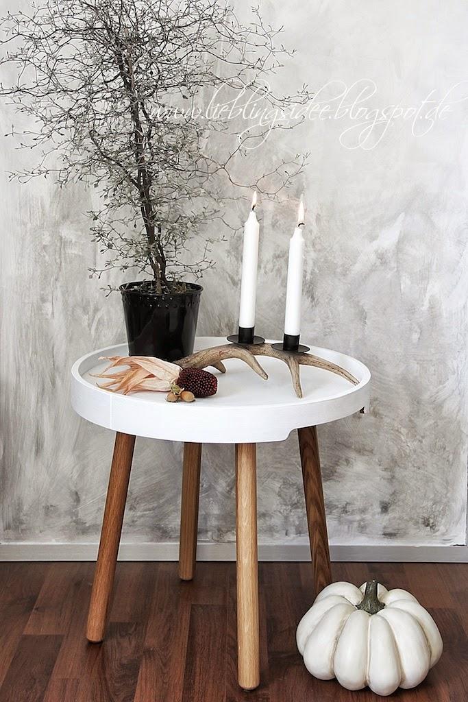 lieblingsidee apfel pfirsichkuchen und herbstliche deko f r drinnen und draussen. Black Bedroom Furniture Sets. Home Design Ideas