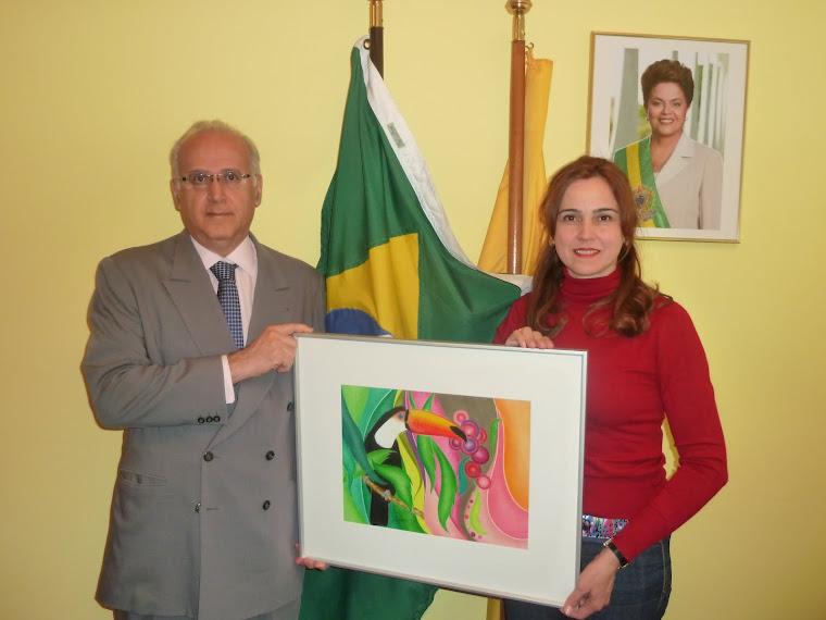 "ÜBERGABE DES BILDES ""TUCANO"" AN DAS BRASILIANISCHE KONSULAT . ENTREGA DO QUADRO ""TUCANO "" ."