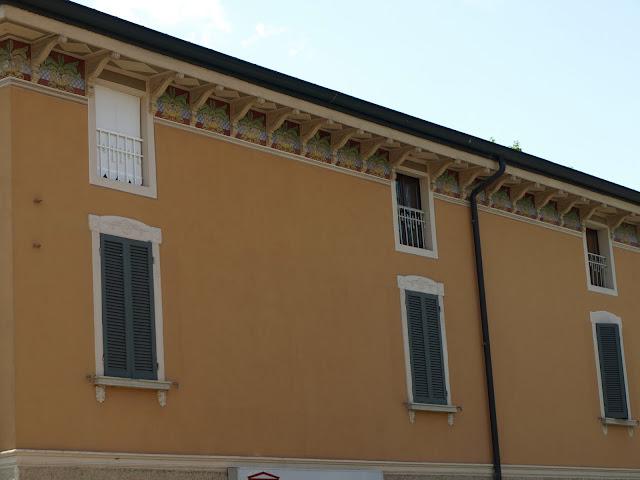 Decori per finestre esterne perfect with decori per finestre esterne simple ghirlande - Decori per finestre esterne ...