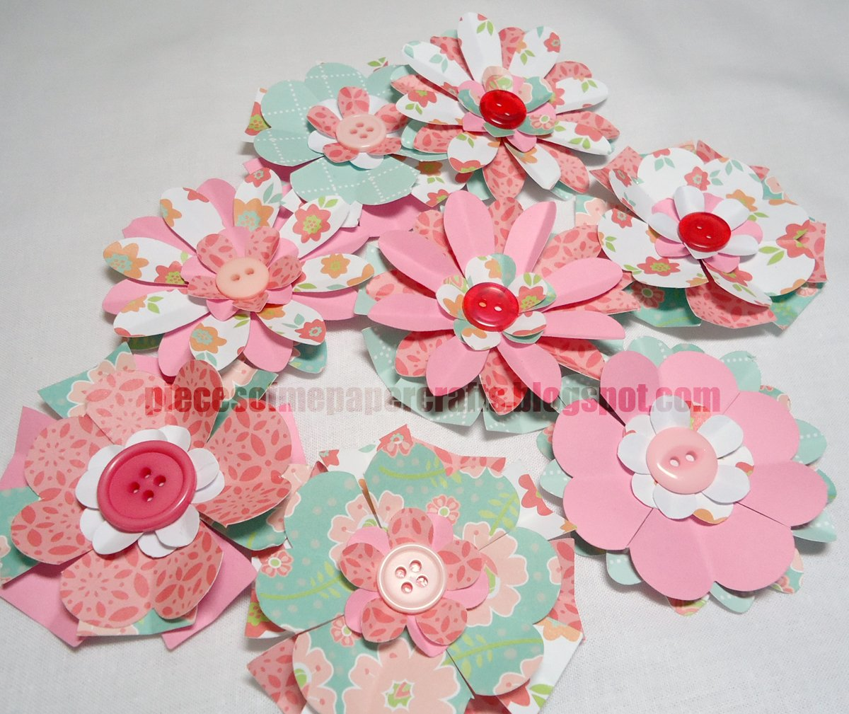 Pieces of me scrapbooking paper crafts paper flowers paper flowers mightylinksfo