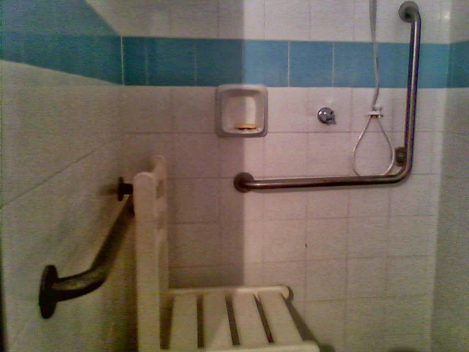 Mulher Invisível: Sesc Mineiro Grussaí #644C38 1600x1200 Banheiro Cadeirante Abnt