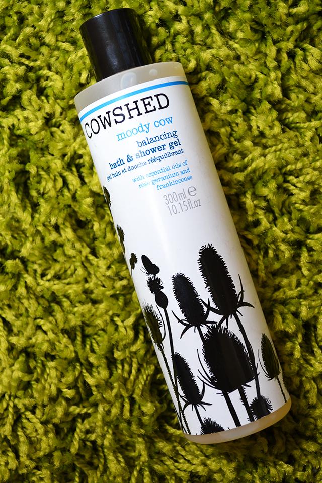 cowshed moody cow shower gel unineed