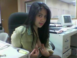 Cerita Dewasa Nafsu Liar Sekretarisku Yang Genit