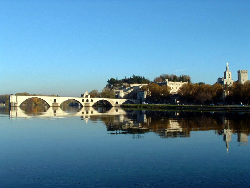 Full Picture Avignon France