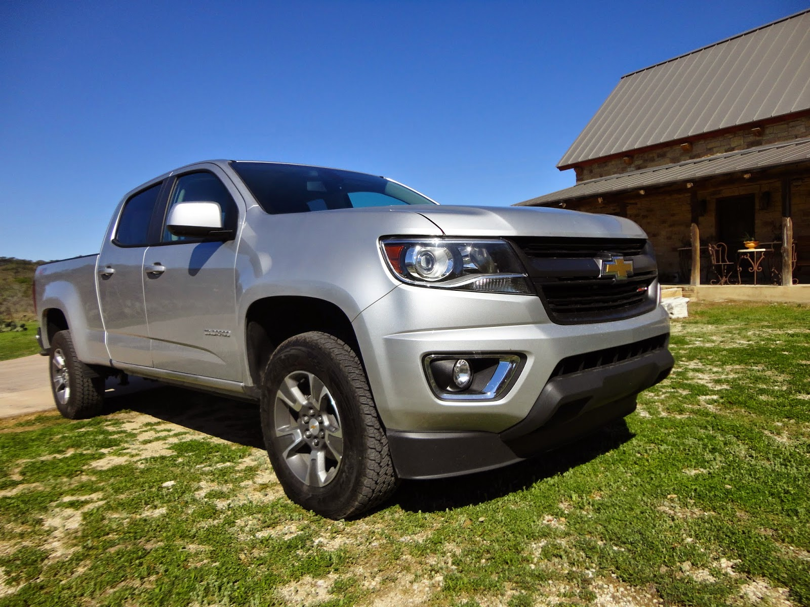 truck prevnext interior chevrolet look first colorado reviews trend crew cab