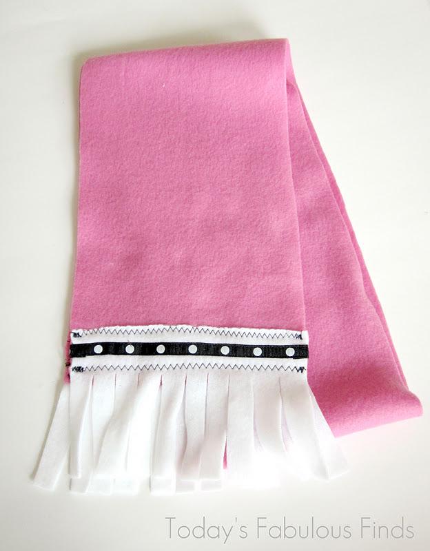 girls barbievalentine fleece scarf tutorial