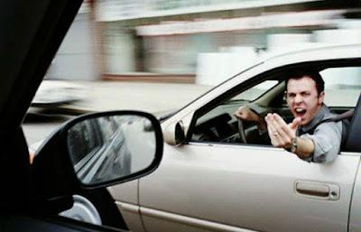 Ο δεκάλογος του Ελληνάρα οδηγού