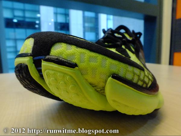 understanding earth running shoes as drift Many people want to wear their regular running shoes to play tennis, but there are many good reasons that athletes should wear proper tennis shoes running shoes are specially designed for the forward motion that comes of running or walking for fitness.