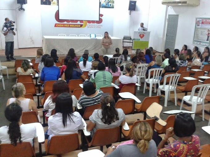 Professores da rede municipal recebem palestra no Dia Mundial da Voz