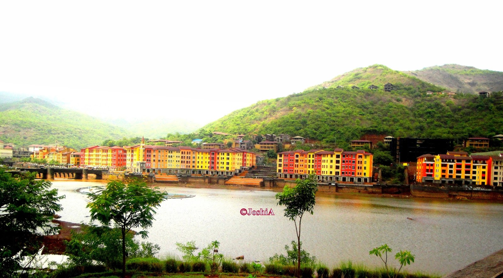 Lavasa India  city photos gallery : Lo and Behold!: India Pune Lavasa