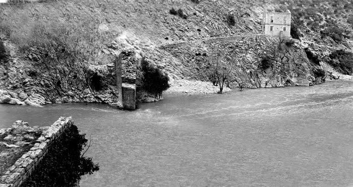 Αποτέλεσμα εικόνας για Γέφυρα Κοράκου