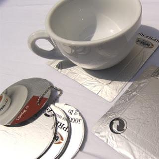 Accesorios Reciclados con Cajas de Cafe