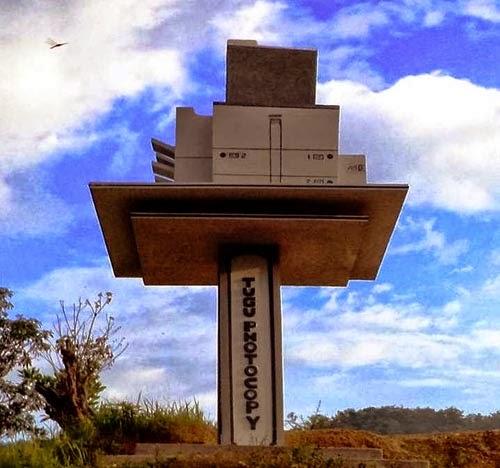 Tugu Photocopy Cerita dari Batusangkar