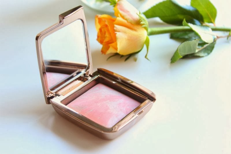 Hourglass Ambient Lighting Blush in Dim Infusion