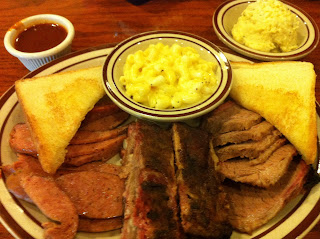 Outlaw's Bar-B-Que and Grill BBQ Barbecue Barbeque Bar-B-Q Dallas Grand Prairie DFW Brisket Sausage Ribs