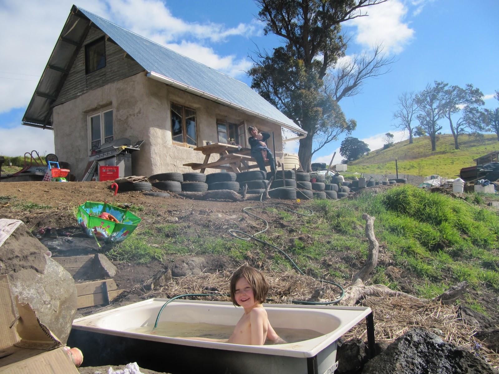 pearl & elspeth: Bottles and bathtubs
