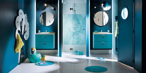 Id es de d coration de la salle de bain en bleu d cor de maison d coration chambre - Decor marin pour salle de bain ...