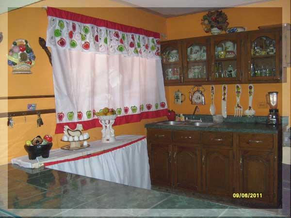 Maxyfiesta decoracion de cocina for Decoracion cortinas cocina