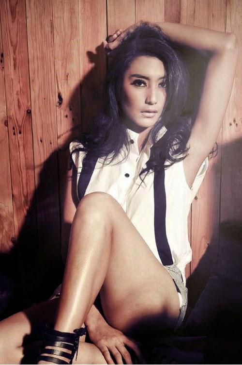 Foto Tyas Mirasih Sexy