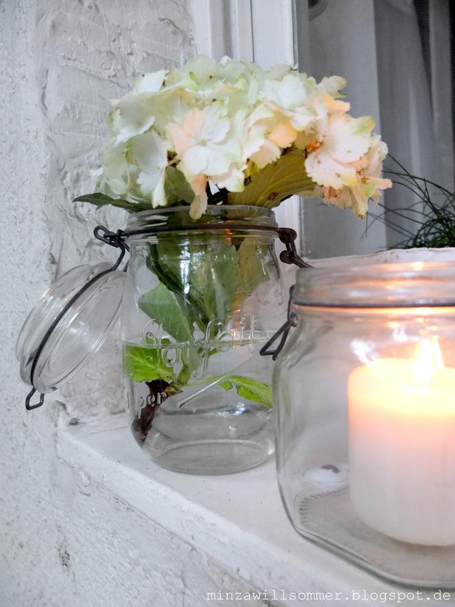minza will sommer hortensienlicht und ladengl ck. Black Bedroom Furniture Sets. Home Design Ideas