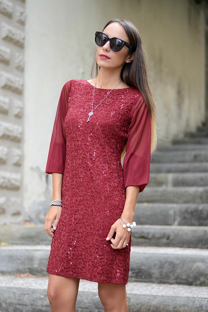 abito elegante rosso bordeaux