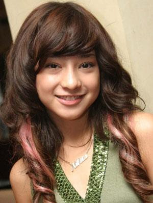 Lagi Hot !! Foto BB Mirip Nikita Willy,