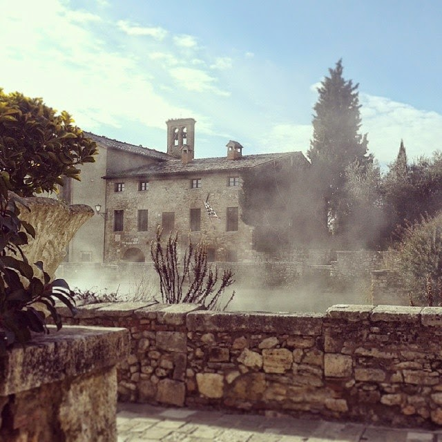 MONTALCINO: SWIMMING, READING AND DINING IN BAGNO VIGNONI
