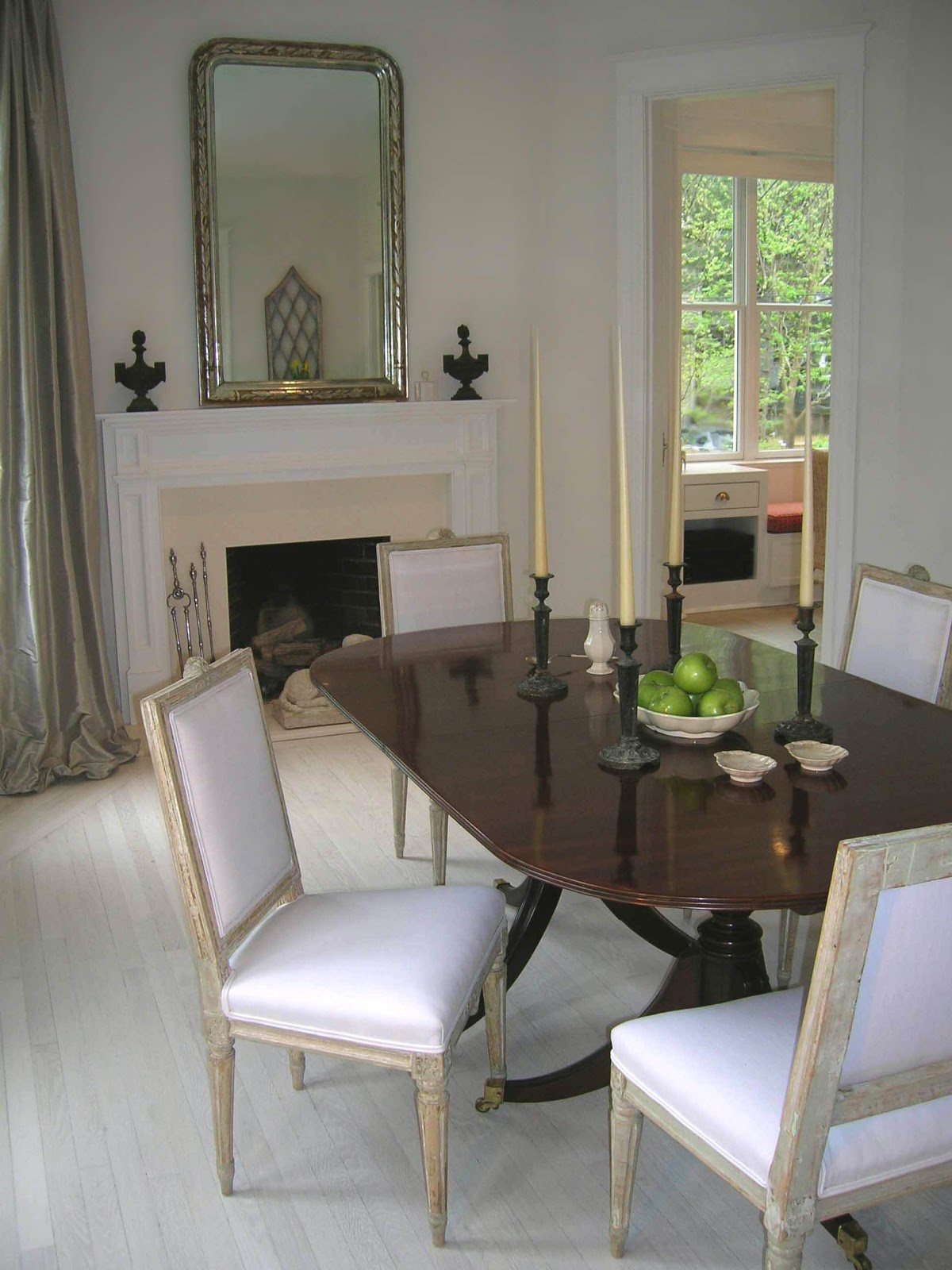 Tone On Tone Musical Chairs In Our Dining Room - Gustavian bedroom furniture