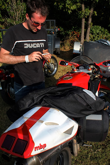 Jason Cormier and his Ducati 916 OddBike