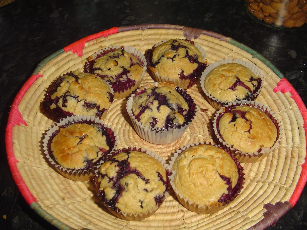 http://1.bp.blogspot.com/-YEqiO7F6DEE/UOQDAB-BwrI/AAAAAAAAAWE/H4nJfse1X4M/s1600/Barley+Blueberry+Muffins.JPG