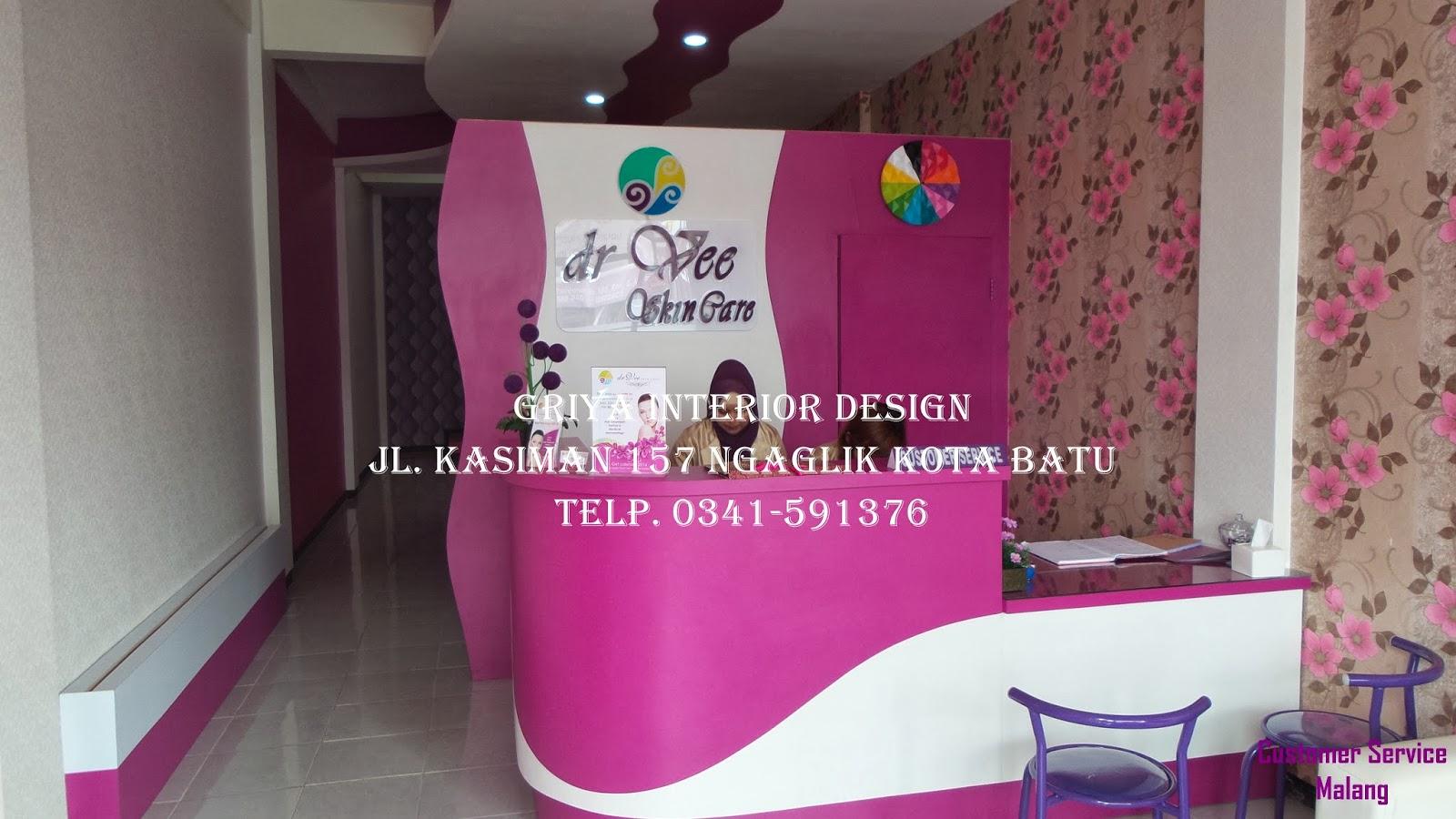 Gambar 1. Customer Service