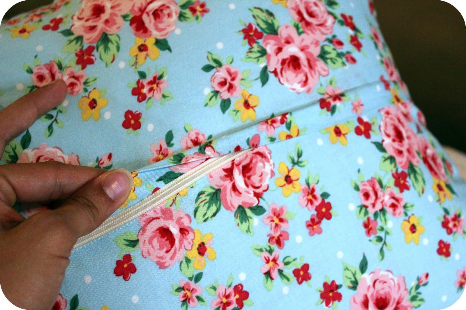 Originate and Renovate: Hidden Zipper Pillow