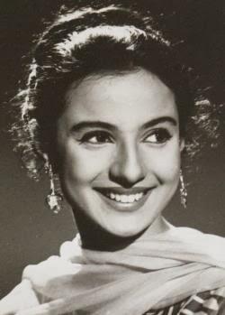 Tanuja  BollywoodBigScreen