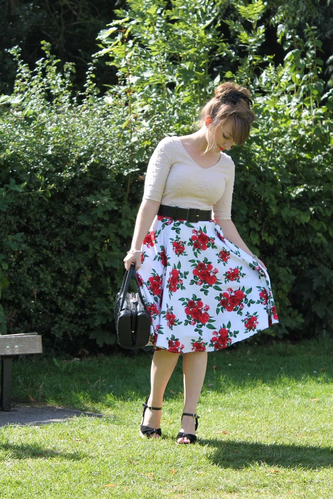 50s style summer outfit with Hell Bunny Cannes floral skirt
