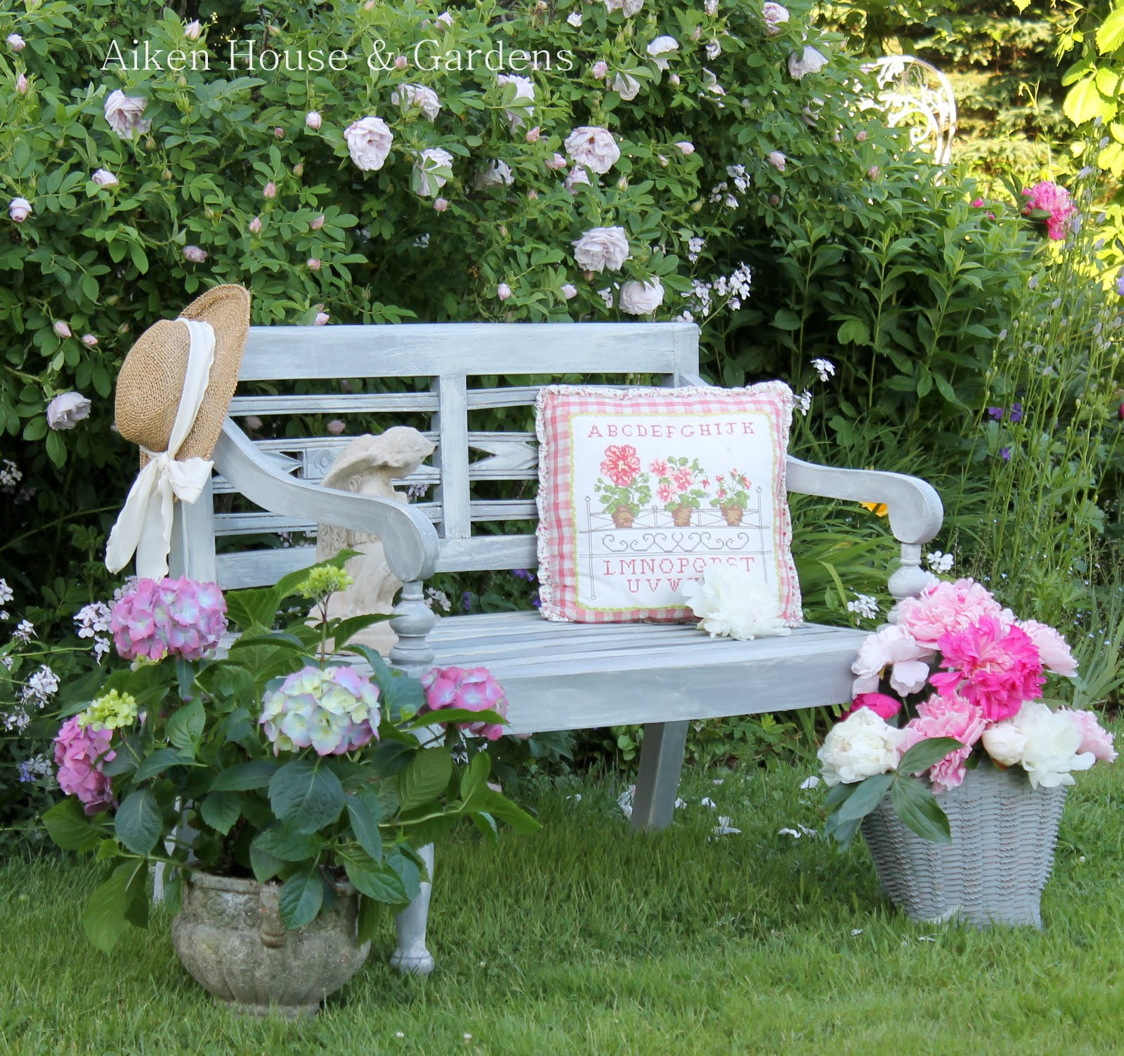 home improvement ideas the garden bench. Black Bedroom Furniture Sets. Home Design Ideas
