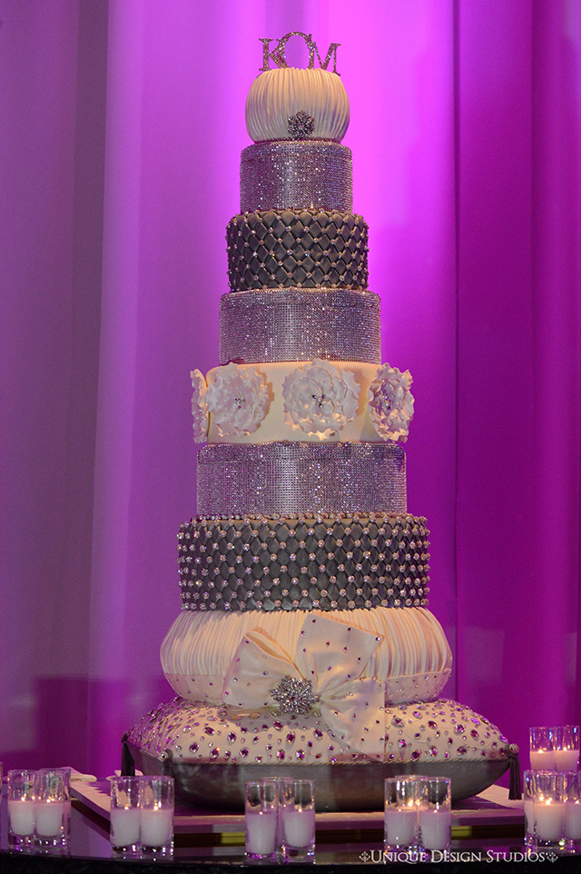 Tiffany Cook Events Concept To Completion Vegas Bling Wedding Cake By Celebrity Wedding