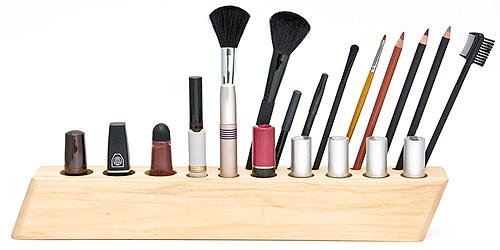 posa lapices de madera para productos de maquillaje