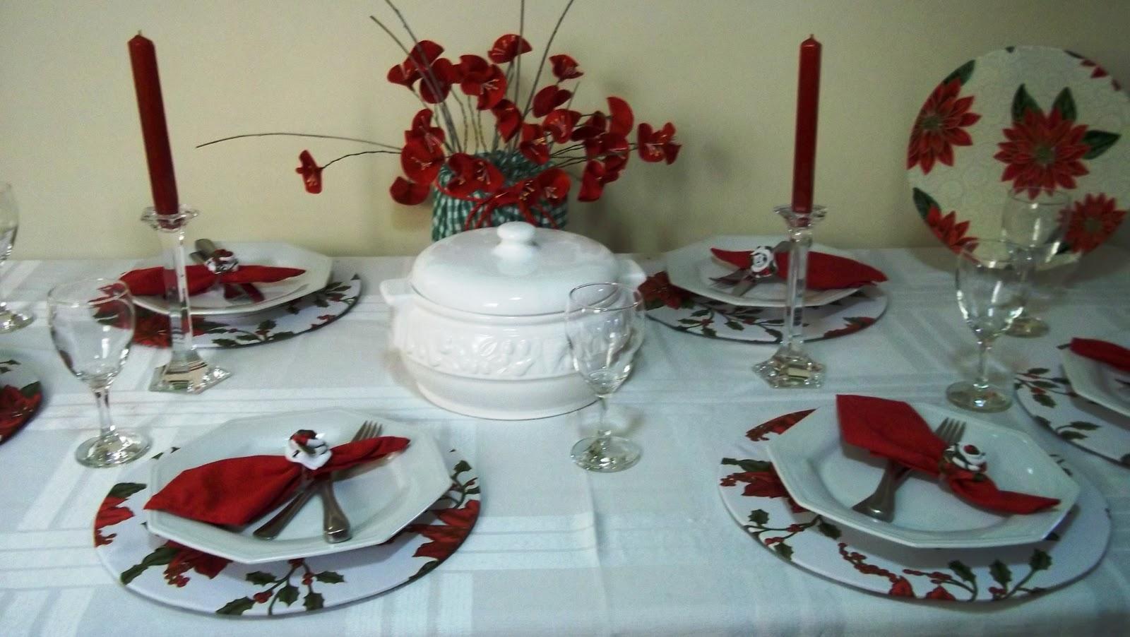 Sousplast em MDF com aplicação de tecido, prato de apoio do prato