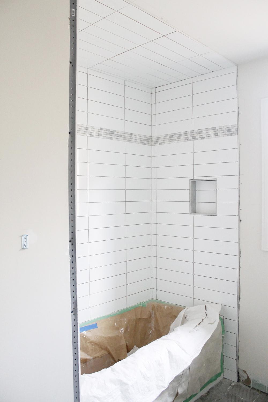 Am Dolce Vita Main Bathroom Reno Day 2