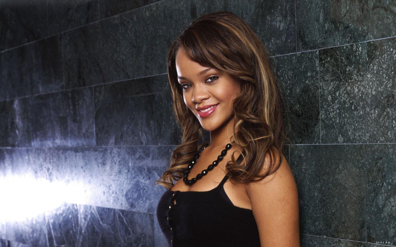 http://1.bp.blogspot.com/-YGEEqpoI_gk/TdE6WGGo-iI/AAAAAAAAArE/WPgOoZb4X1Y/s1600/Rihanna-lyrics%252B+s%2526m%252Brihanna+2012%252Brihanna+s%252B+rihanna+s+m%252B+eminem+rihanna%252C%252BEminem%252Byoutube+%252B+Rihanna-lyrics%252B+s%2526m%252Brihanna+2012%252Brihanna+s%252B+rihanna+s+m%252B+eminem+rihanna%252C%252BEminem%252Byoutube+%252B+Rihanna-lyrics%252B+s%2526m%252Brihanna+2.jpg